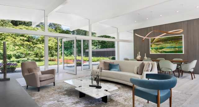 New-Canaan-Family-Room-2-2048x1101