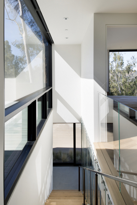 Oak Pass Guest House by Walker Workshop 14
