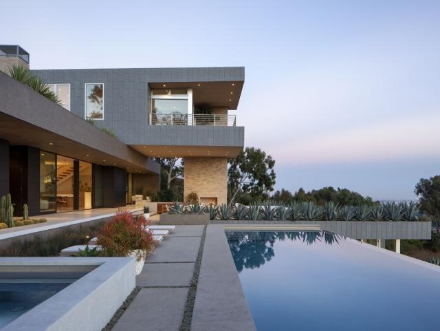 Summitridge Residence by Marmol Radziner Architects 01