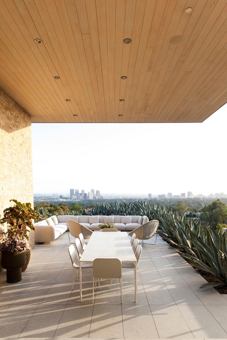 Summitridge Residence by Marmol Radziner Architects 02