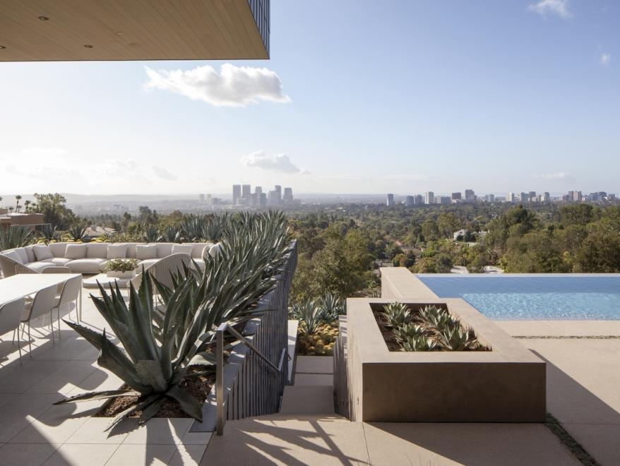 Summitridge Residence by Marmol Radziner Architects 12