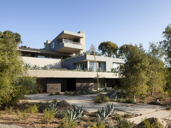 Summitridge Residence by Marmol Radziner Architects 24
