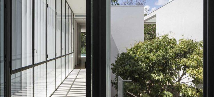 Villa V by Baranowitz Kronenberg Architects 07