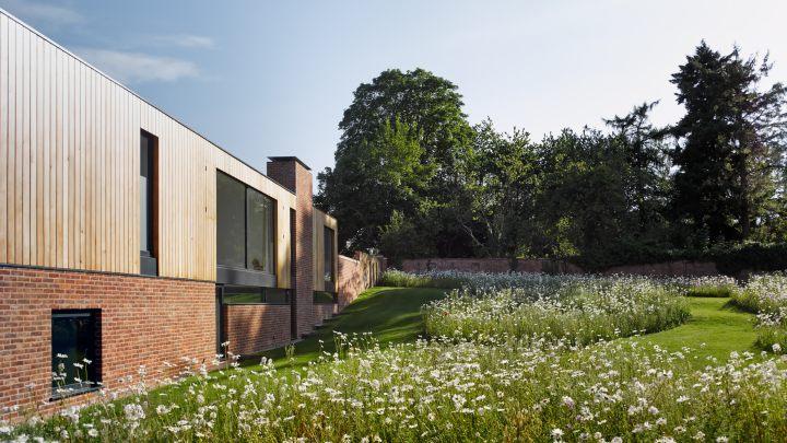 Cheeran House by John Pardey Architects-04