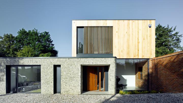 Cheeran House by John Pardey Architects-07