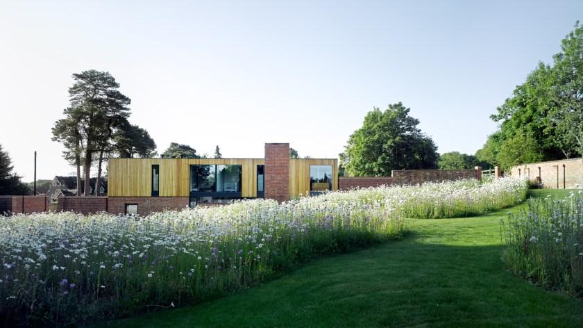 Cheeran House by John Pardey Architects-12