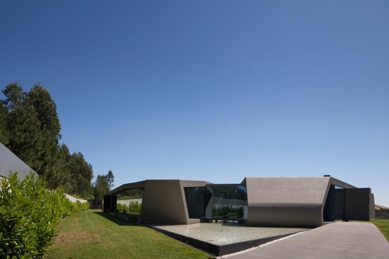 P161 by Helder Coelho Arquitecto 03