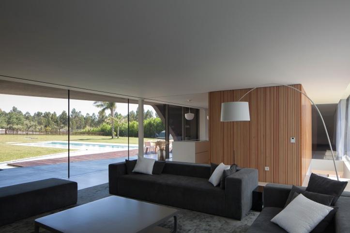 P161 by Helder Coelho Arquitecto 07
