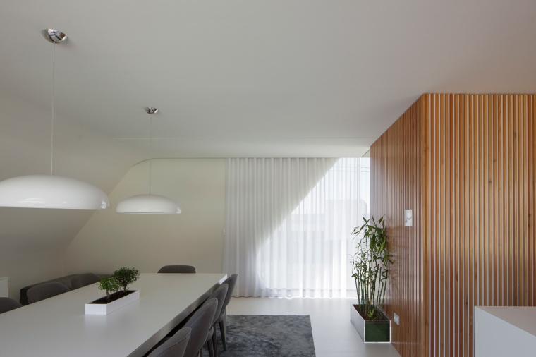 P161 by Helder Coelho Arquitecto 14