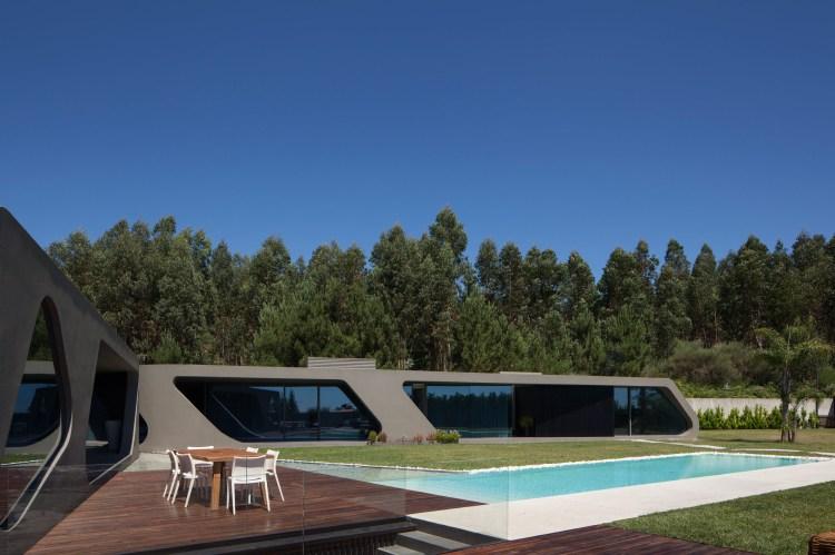 P161 by Helder Coelho Arquitecto 17