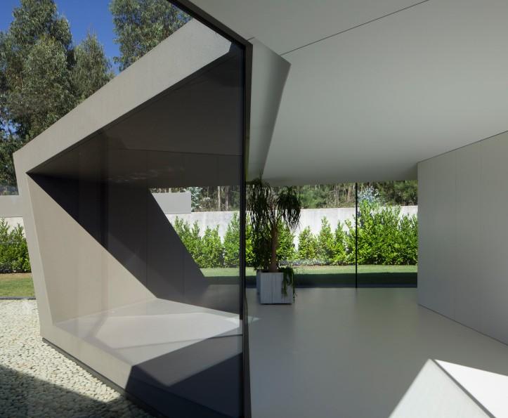 P161 by Helder Coelho Arquitecto 19