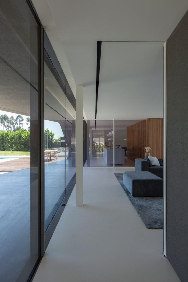P161 by Helder Coelho Arquitecto 20