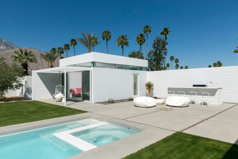 Palm Springs Residence 01