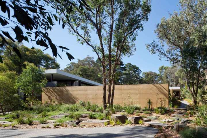Park Orchards by Pleysier Perkins Architects 01