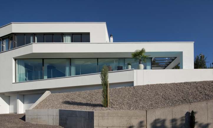 The Triangle House by Philipp Architekten 13