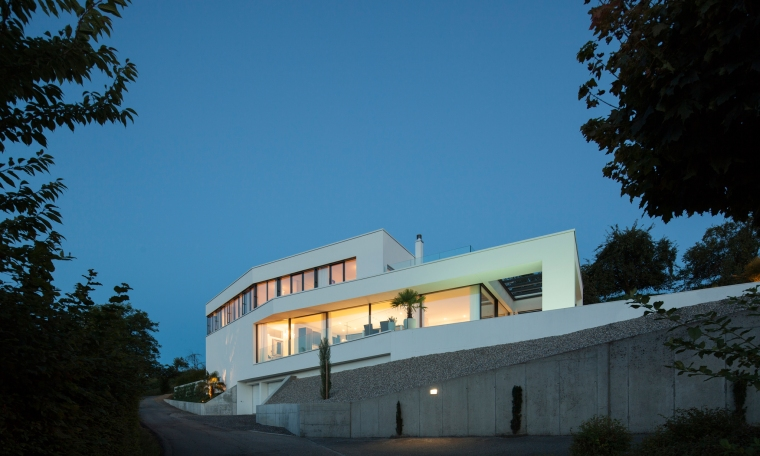 The Triangle House by Philipp Architekten 19