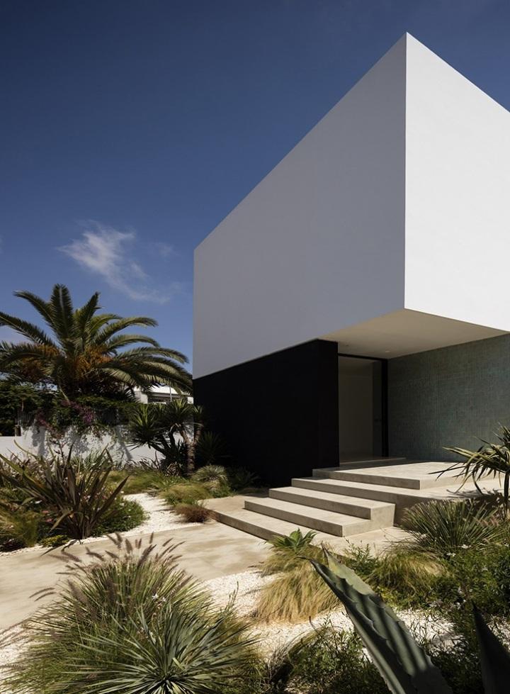 Villa Agava Casablanca by Driss Kettani Architect 01