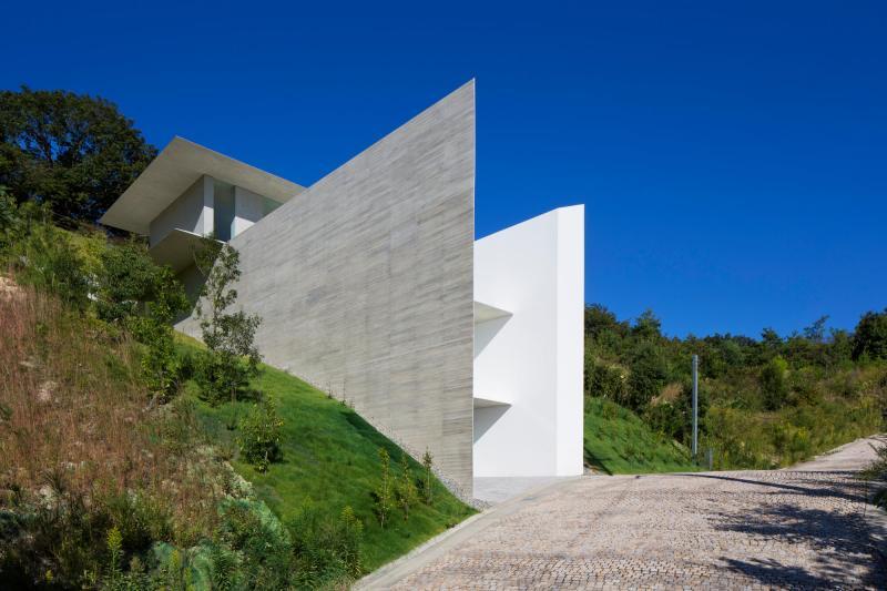 YA-House by Kubota Architect Atelier 10