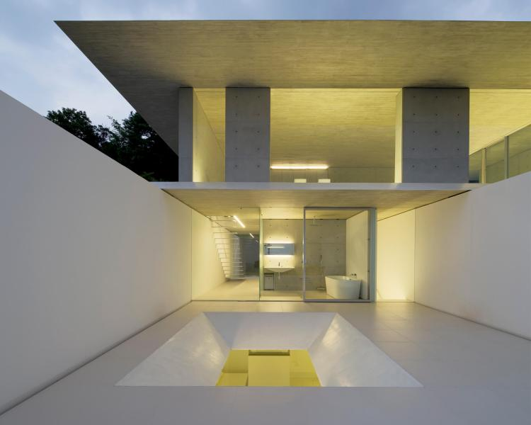 YA-House by Kubota Architect Atelier 12