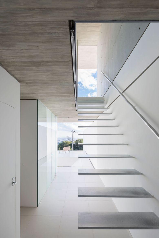 YA-House by Kubota Architect Atelier 15