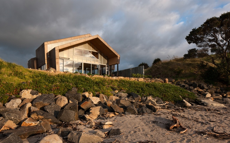 Fe3O4 House by Crosson Architects 10