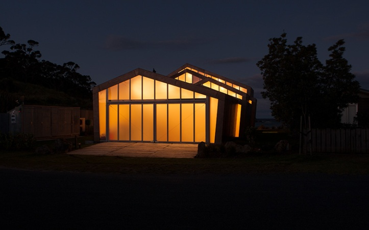 Fe3O4 House by Crosson Architects 12