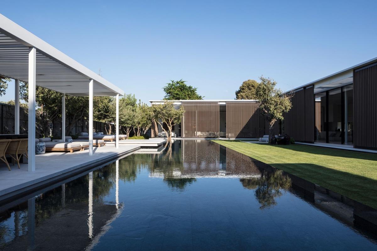 Private Villa Tel Aviv designed by Lissoni Architettura with Tehila ShelefArchitects