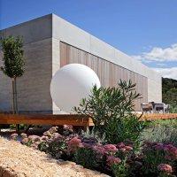 Olive House, Mediterian Garden by LOG-URBIS