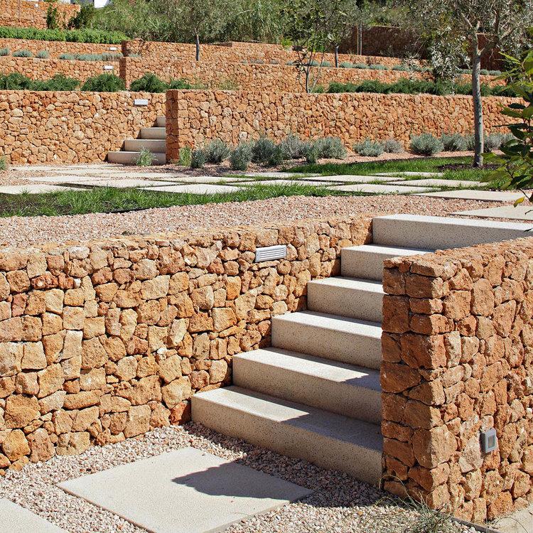 Olive House_mediterian garden by LOG-URBIS 11