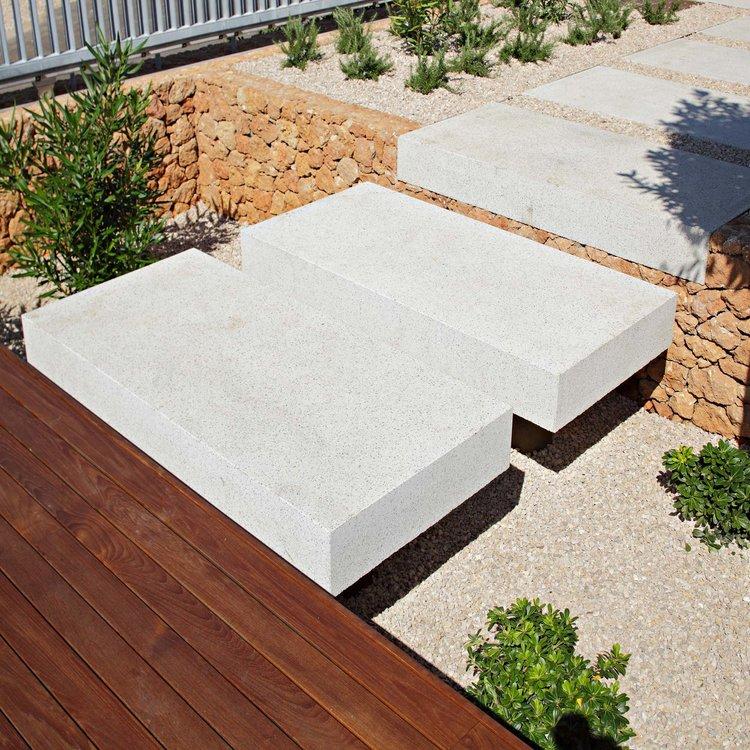 Olive House_mediterian garden by LOG-URBIS 18