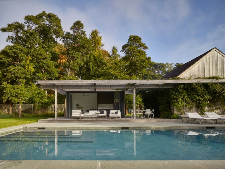 Pool House, Amagansett, NY by Robert Young Architects 02