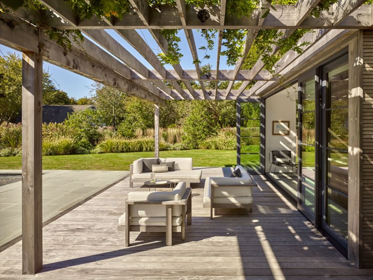 Pool House, Amagansett, NY by Robert Young Architects 06