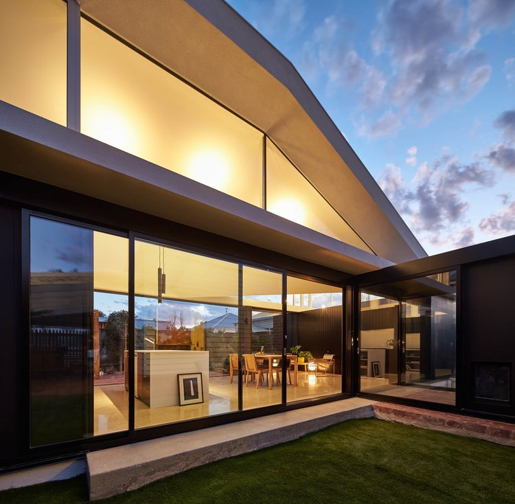 Tunnel House by Modo Architecture 11