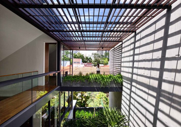 Cascading Courts by HYLA Architects 04