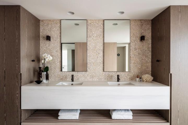 Klein House by MHN Design Union 13
