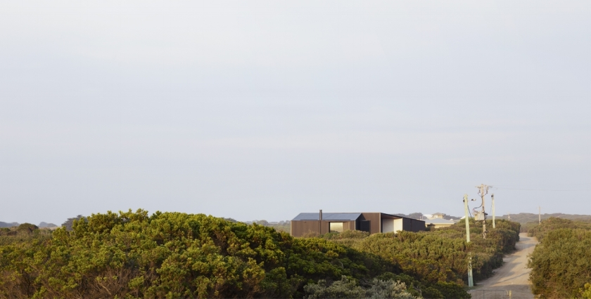 Barwon Heads House by Lovell Burton Architecture 06