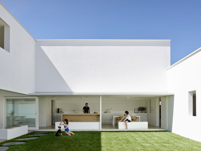 B&B Residence by Hogg and Lamb Architects 02
