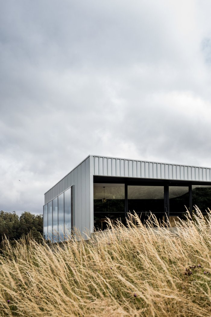 Cross House by Taylor and Hinds Architects 02