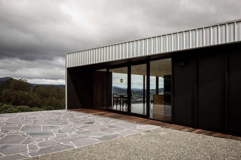 Cross House by Taylor and Hinds Architects 10
