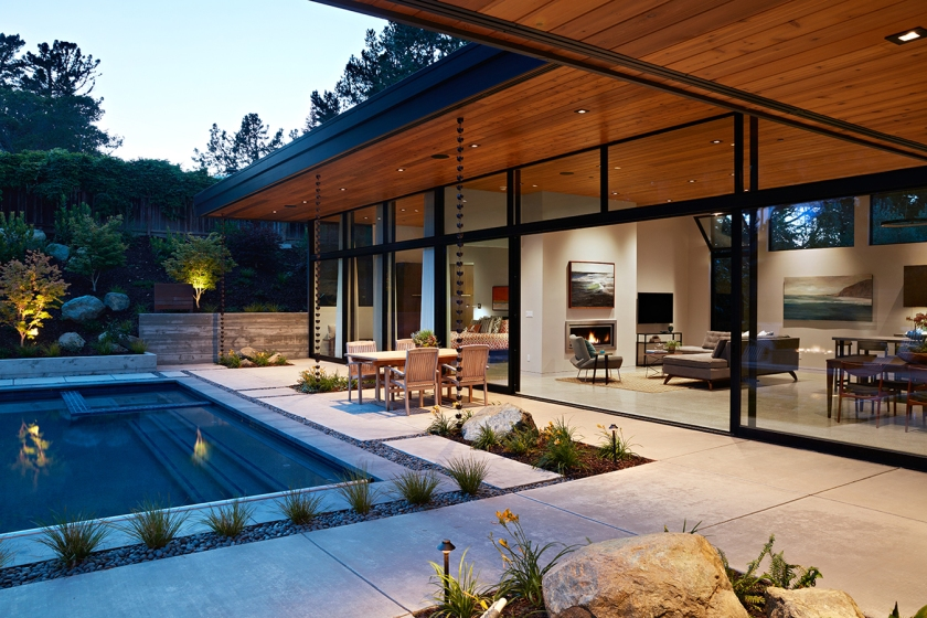 Glass Wall House by Klopf Architecture 01