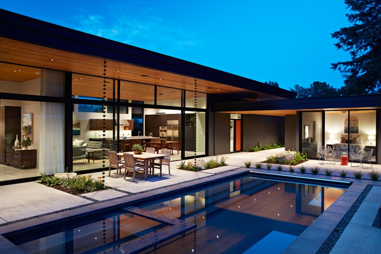 Glass Wall House by Klopf Architecture 03