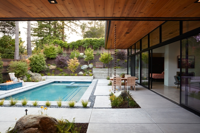 Glass Wall House by Klopf Architecture 08