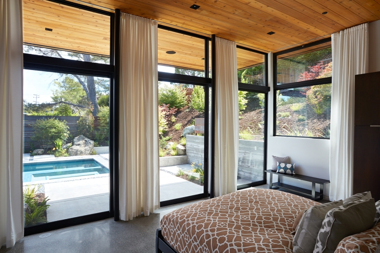 Glass Wall House by Klopf Architecture 10
