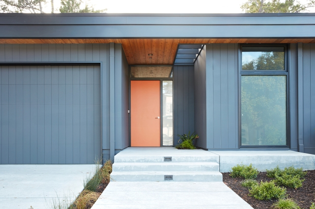 Glass Wall House by Klopf Architecture 17