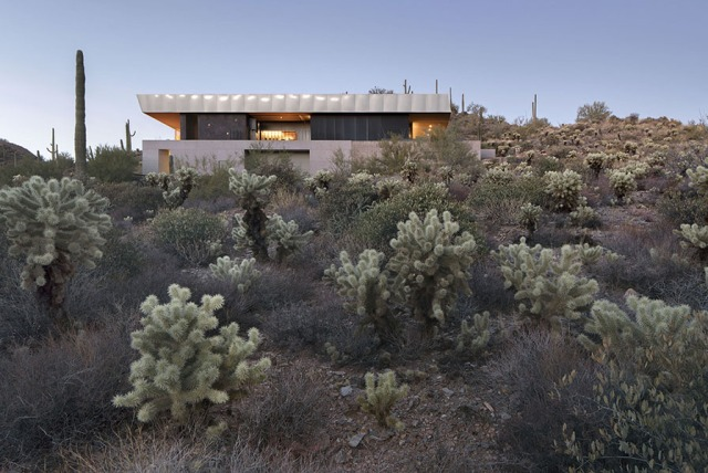Hidden Vallery Desert House by Wendell Burnette Architects 01