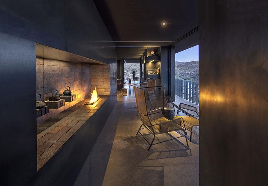 Hidden Vallery Desert House by Wendell Burnette Architects10