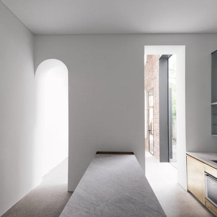 Italianate House by Renato D'Ettorre Architects 02