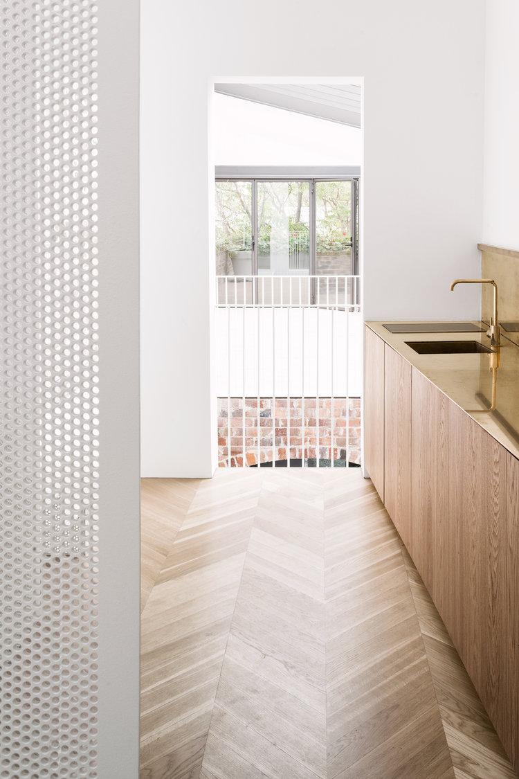 Italianate House by Renato D'Ettorre Architects 09