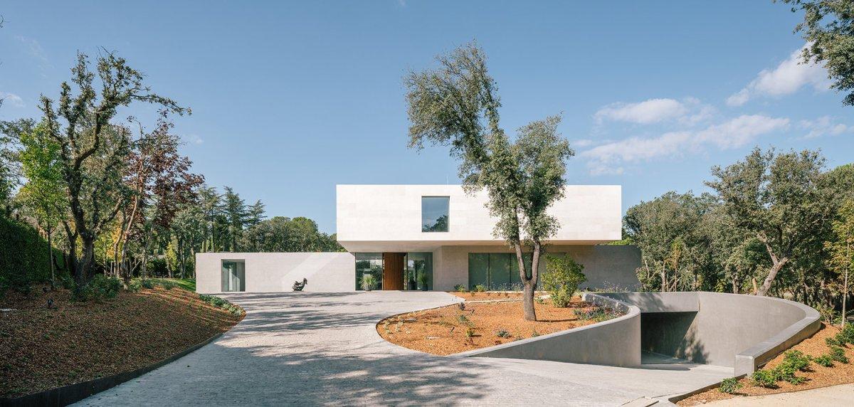 La Moraleja Villa, Madrid, Spain by XTEN Architecture, EXTUDIO and Losada GarciaArquitectos
