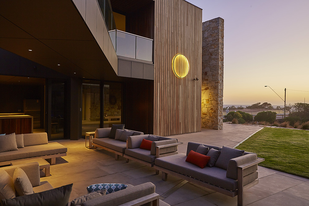 Ocean Residence by FMD Architects 01
